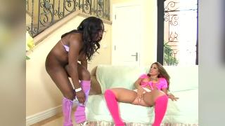 Jada Fire Is Squirtwoman 3 (1)