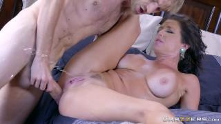 Napping Naked Veronica Avluv & Danny D