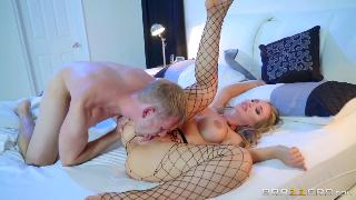 Nicole Aniston Hot Sexxxy